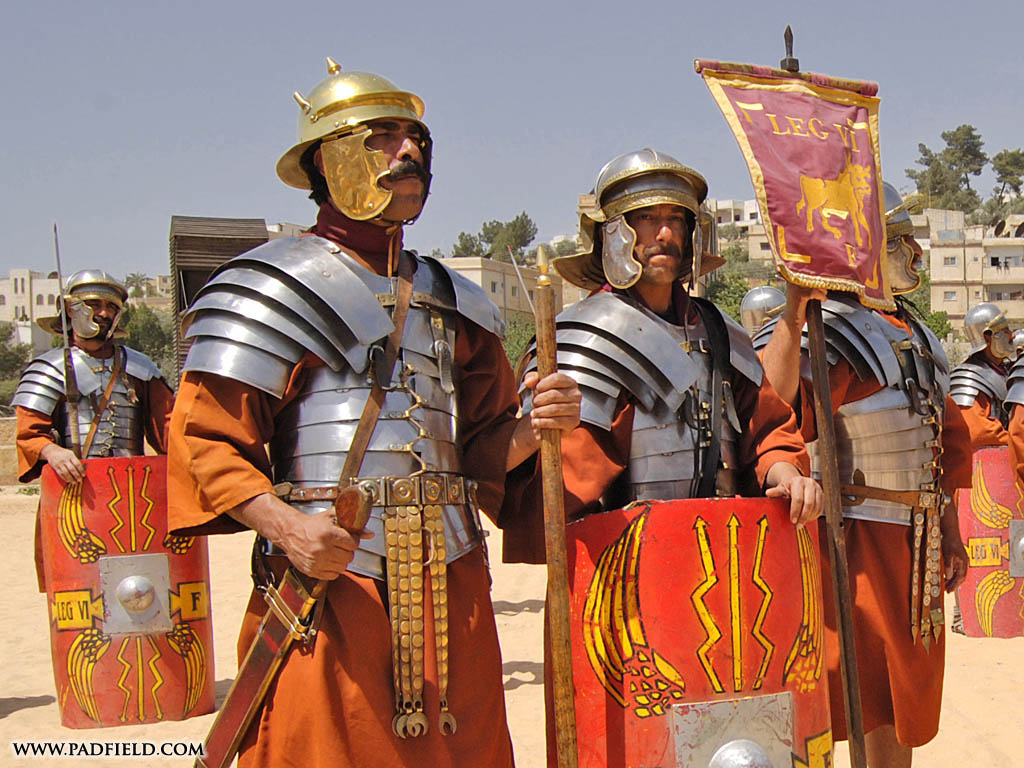 Roman Army Reenactment | Photographs of formations ...